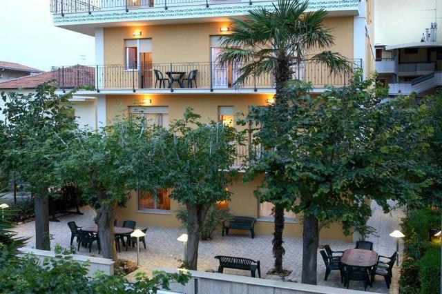bruni vacanze offerte per affitti estivi in appartamenti e casa